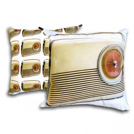 Radio tyynynpäällinen